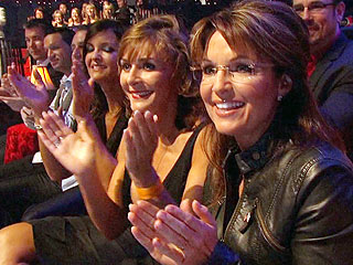 Sarah Palin Pays for Family and Friends to Attend Dancing with the Stars