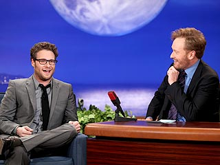 Seth Rogen Engaged, Proposed to Girlfriend Who Was Topless