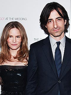 Jennifer Jason Leigh Files for Divorce