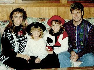 Jessica Simpson Vintage Christmas Picture