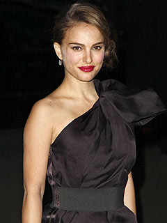 Natalie Portman Is Engaged and Pregnant!
