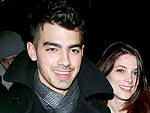 Joe Jonas & Ashley Green Snuggle over Dinner | Ashley Greene, Joe Jonas