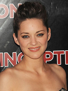 Marion Cotillard Gives Birth