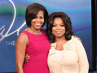 Oprah Winfrey Welcomes Michelle Obama to Show
