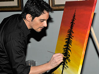 Brad Paisley's Painting Fetches $5,500 for Charity