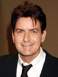 The Water Bowl: Charlie Sheen Pays for Teen's Therapy Dog | Charlie Sheen