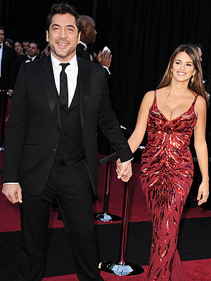 Oscar Red Carpet 2011 - Javier Bardem and Penelope Cruz