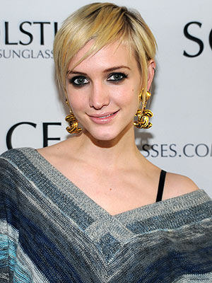 Ashlee Simpson Enjoys Frozen Margaritas and Guac in N.Y.C.