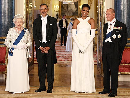 Obamas Joined By Actors at Queen's Banquet