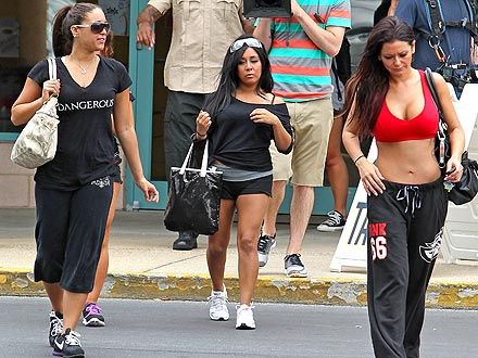 Snooki Looks Lean After Filming in Italy
