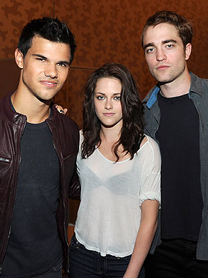 Kristen Stewart on Breaking Dawn Wedding with Robert Pattinson