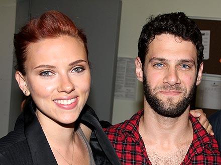 Scarlett Johansson, Justin Bartha Dating?