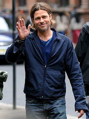 Brad Pitt Films World War Z, Rescues Woman