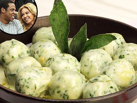 Scarpetta Chef Scott Conant Shares His Spinach-Ricotta Gnudi Recipe