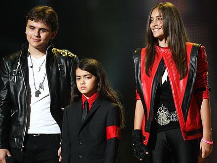 Michael Forever: Children Appear at Tribute Concert