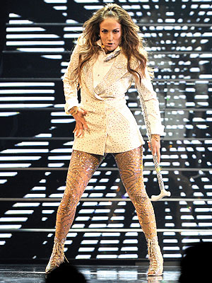 Jennifer Lopez Breaks Down on Stage