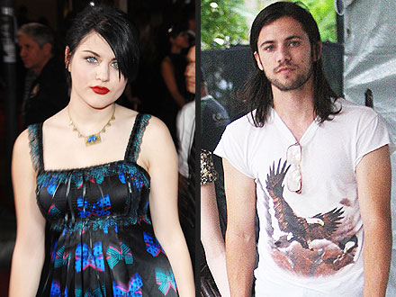 Frances Bean Cobain: Details of Reported Fiance Isaiah Silva