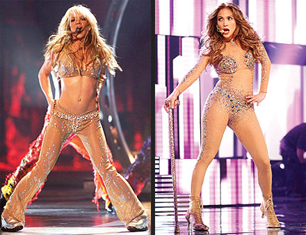AMAs 2011: Jennifer Lopez Performs, Looks Like Britney Spears at Music Awards
