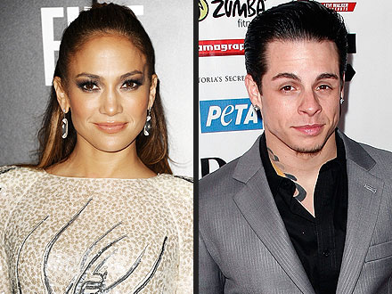 J.Lo Introduces Her New Beau to Idol Judges at Dinner