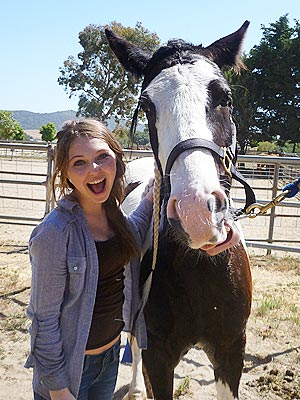 Actress Sammi Hanratty&#39;s Movie Keepsake? A Horse