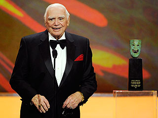 Screen Actors Guild: Ernest Borgnine Receives Life Achievement Award