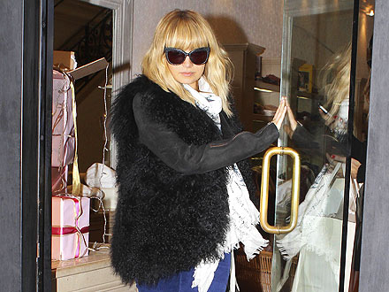 Nicole Richie Picks Out High-Fashion Holiday Gifts