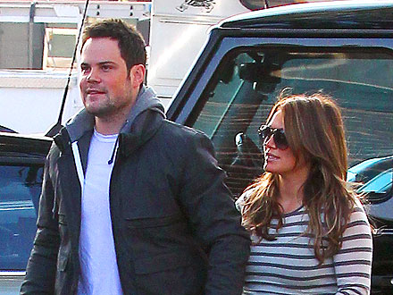 Hilary Duff and Hubby Grab Cupcakes (and Pupcakes) in L.A.