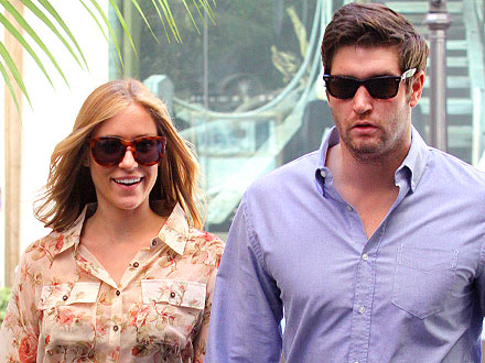 Kristin Cavallari Glows at Lunch with Jay Cutler