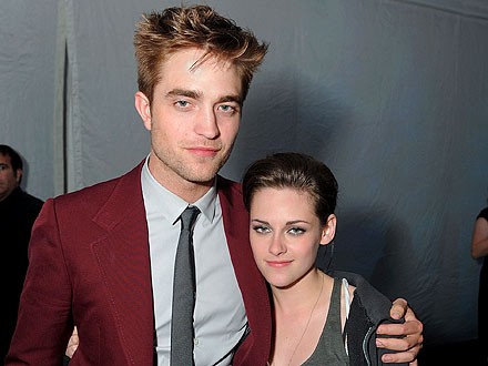 Robert Pattinson & Kristen Stewart's PDA-filled Pre-Oscar Party