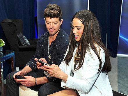 Robin Thicke & Paula Patton Share a Week of PDA