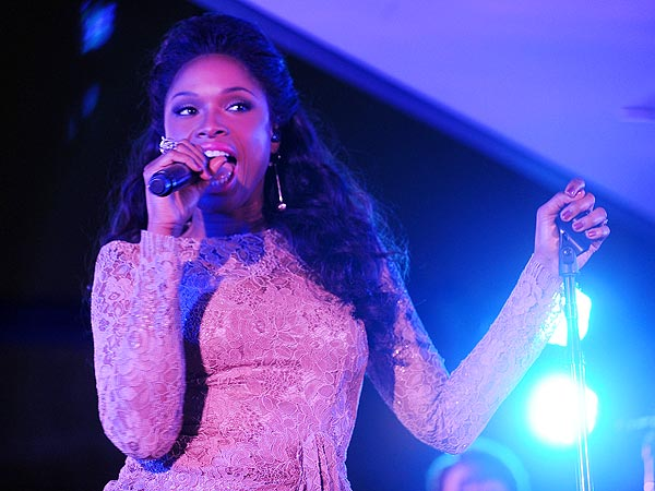 Jennifer Hudson's Dreamgirls Surprise in New York