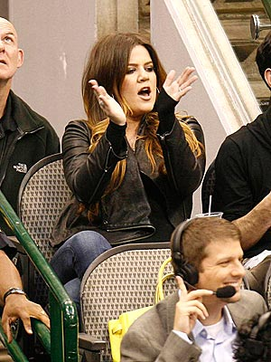 Khloe Kardashian, Lamar Odom at Dallas Mavericks Game: Pictures