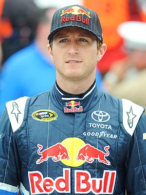 Kasey Kahne Apologizes for Breastfeeding Remarks