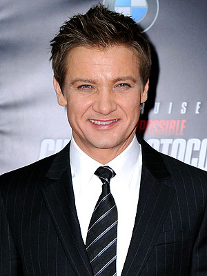 Jeremy Renner Uninjured in Bar Brawl in Thailand