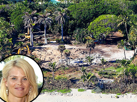 Elin Nordegren Demolishes $12-Million Home