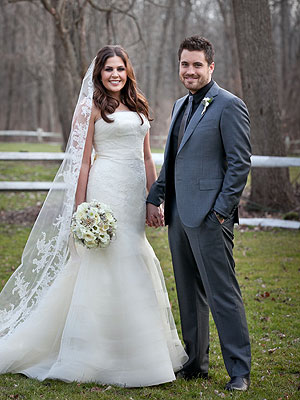 Hillary Scott Married to Chris Tyrrell