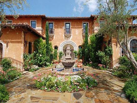 Bachelor Mansion Up for Rent