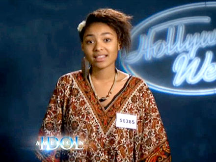 American Idol - Symone Black Falls from Stage