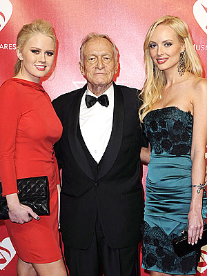 Valentine's Day Means Lingerie for Hugh Hefner's Girlfriends