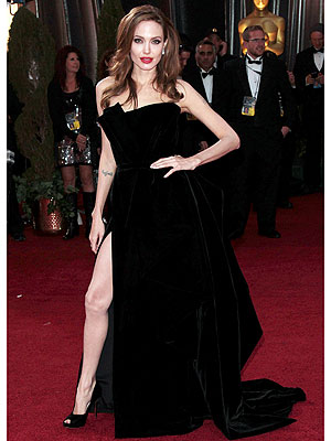 Angelina Jolie Laughs Off The Leg Jokes