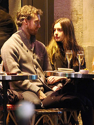 Anne Hathaway & Adam Shulman Get Romantic in Paris