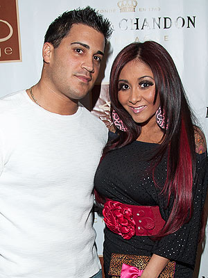 Snooki Is Pregnant - What Will She Name Her Baby?