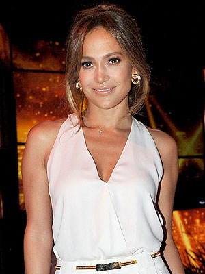Jennifer Lopez Launching Interactive Website