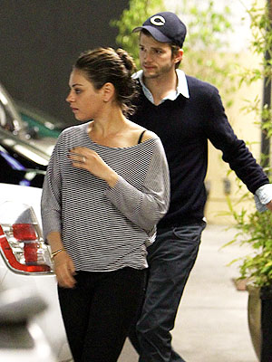 Mila Kunis, Ashton Kutcher Friends, Coworkers