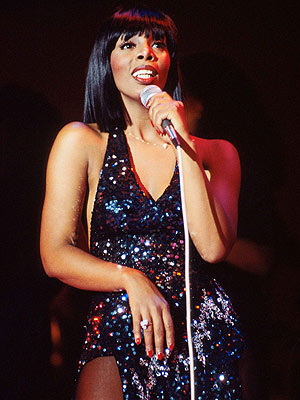 Donna Summer Dead from Lung Cancer : People.