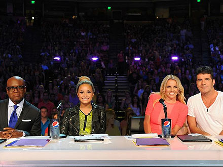 Britney Spears Debuts as an X Factor Judge