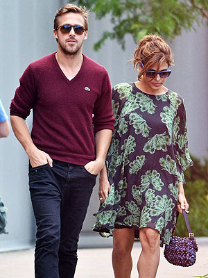 Ryan Gosling, Eva Mendes Dating; Go Sightseeing at Niagara Falls