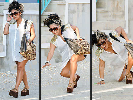 Snooki Takes a Tumble in Platform Sandals