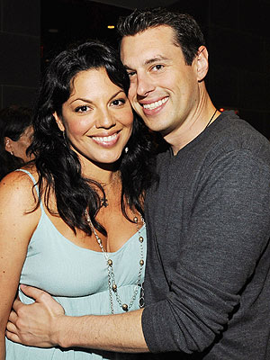 Sara Ramirez, Ryan Debolt Marry