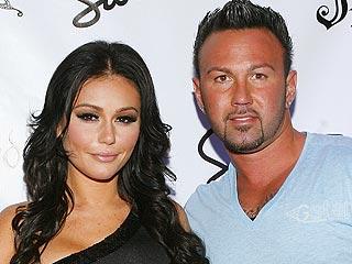 Jenni 'JWOWW' Farley of Jersey Shore Engaged to Roger Mathews